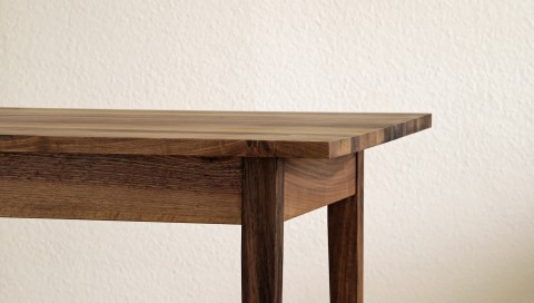 Tisch gefertigt von Florian Oeschger